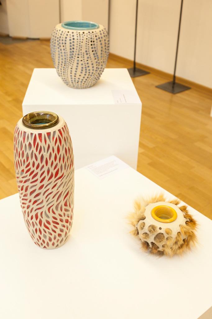 Keramikgefäße von Claudia Friedrichs, Sonderausstellung 2013: anorganisch