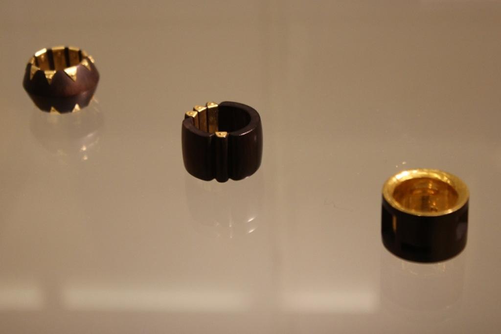 Ringe von Gerlinde Boysen, Sonderausstellung 2013: anorganisch