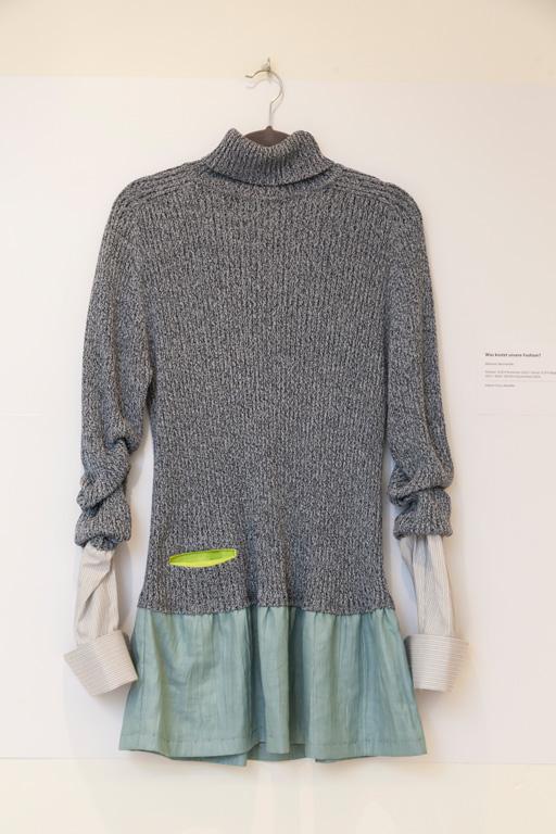 Was kostet unsere Fashion? von Iuliana Circa, Sonderausstellung 2015 Verwandlung