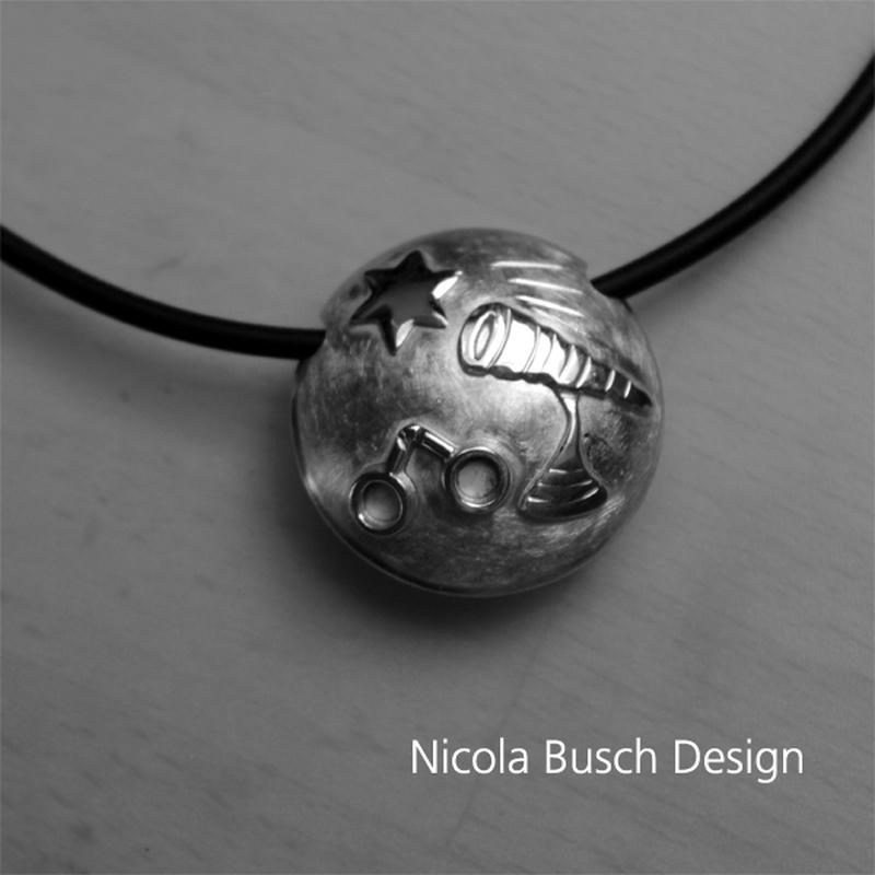 Anhänger Innungszeichen Optiker von Nicola Busch