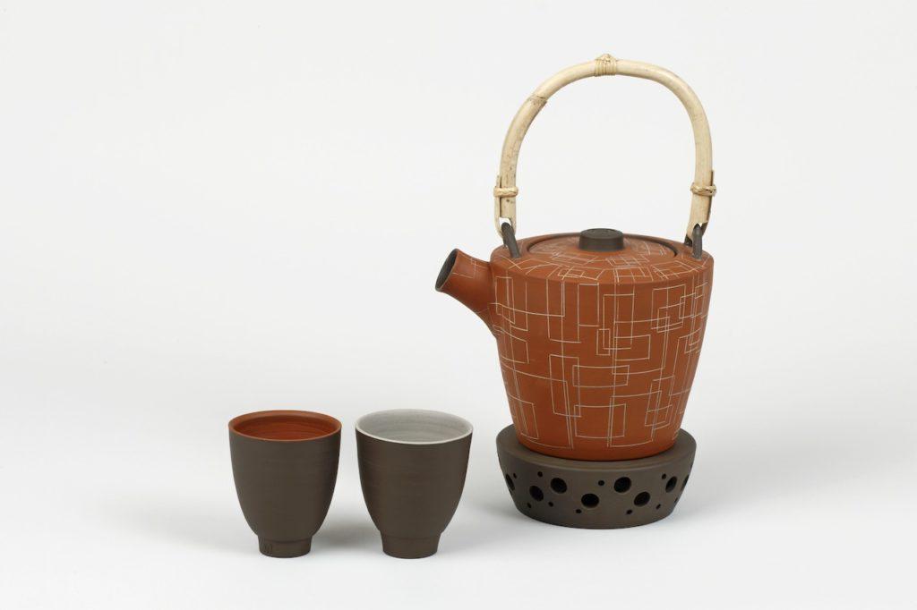 Teekanne mit Bechern von Silke Freiwald