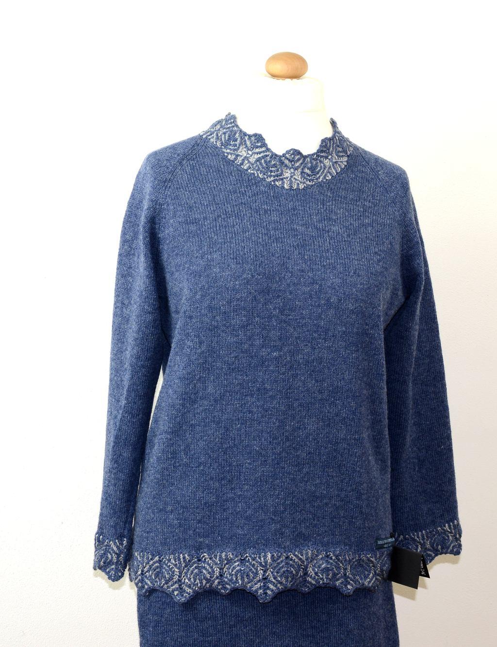 blauer Pullover von Anne Heister