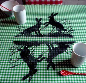 Tischdecke Hasen von Eva Clara Fabian