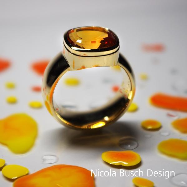 Herrenring aus Gelbgold von Nicola Busch