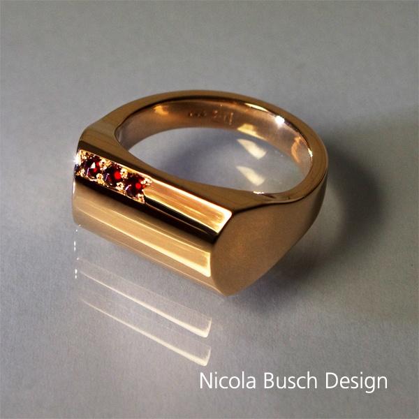 Herrenring aus Roségold von Nicola Busch