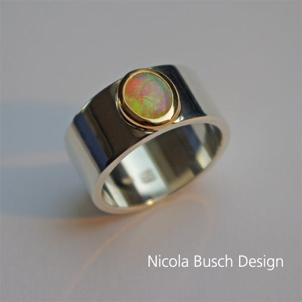 Opalring aus Silber und Gold von Nicola Busch