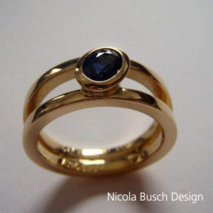 Goldring von Nicola Busch