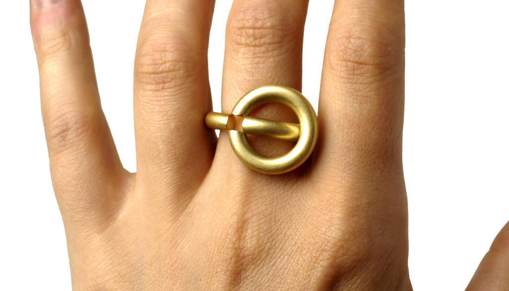 Janecke Ringfinger