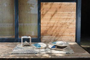 Kissen und ein Teppich von Michelle Mohr